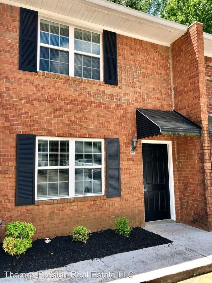 2 Bedrooms 1 Bathroom Apartment for rent at Concord Lane in Madison, GA