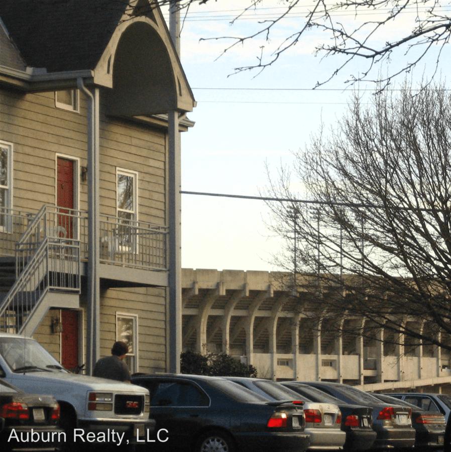 2 Bedrooms 2 Bathrooms Apartment for rent at 07, 17, 29, 39 - West Magnolia Avenue in Auburn, AL