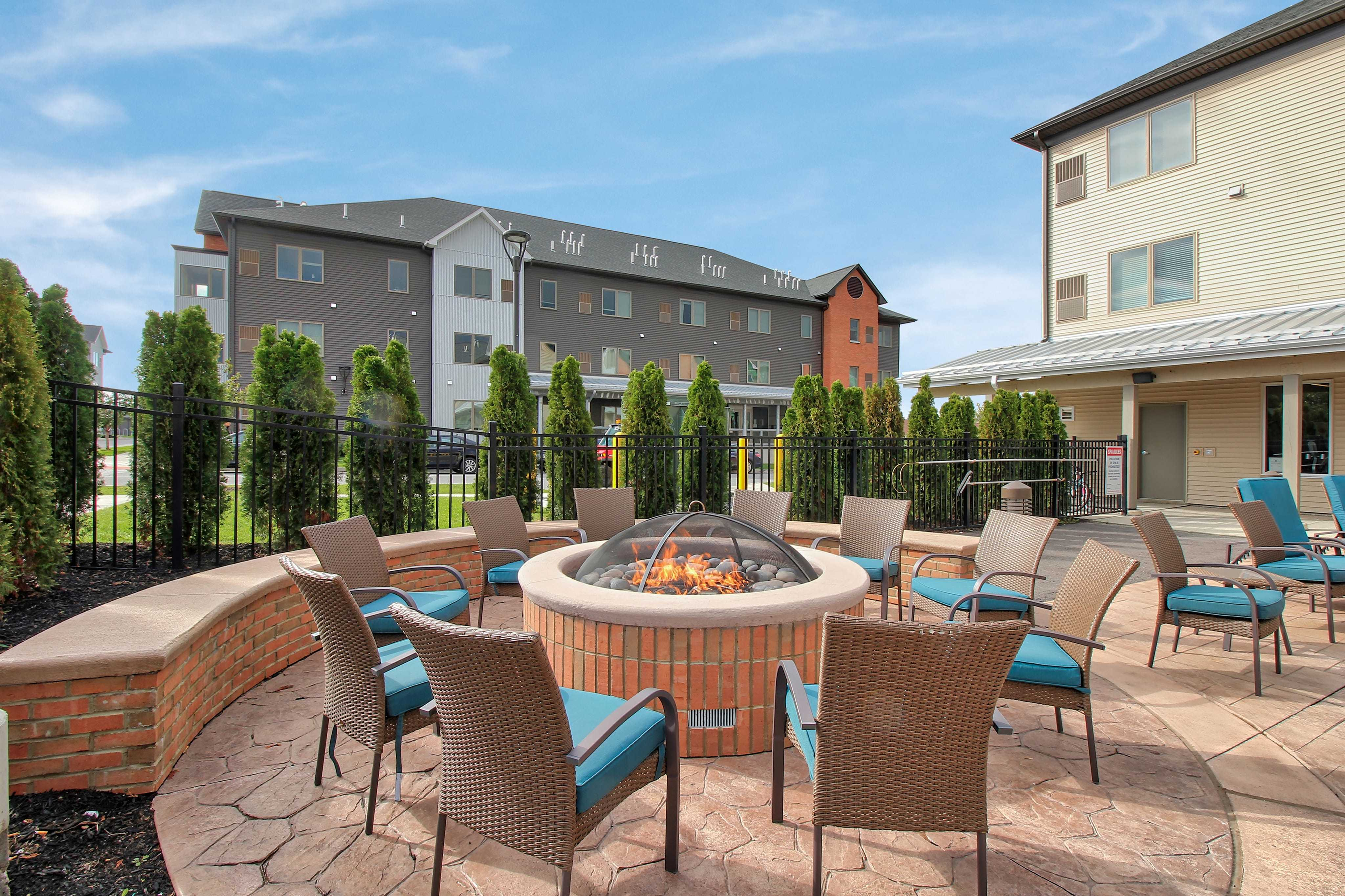 Apartments Near Hilbert Axis 360 for Hilbert College Students in Hamburg, NY