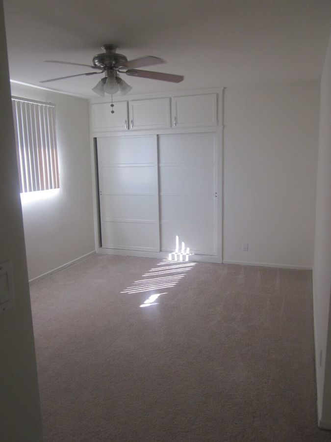 1 Bedroom 1 Bathroom Apartment for rent at Doheny Drive in Beverly Hills, CA