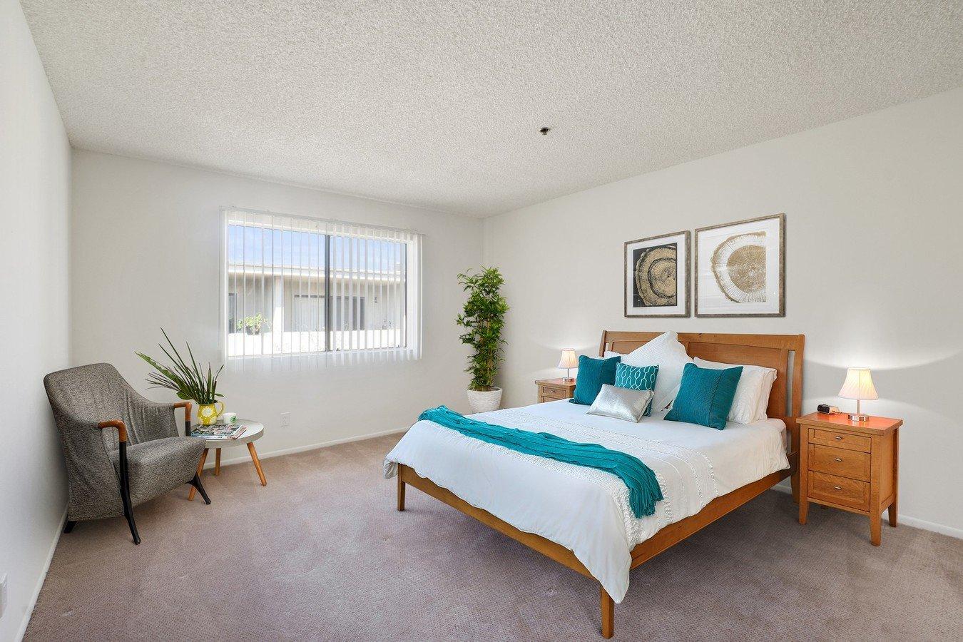 2 Bedrooms 2 Bathrooms Apartment for rent at Encino Majestic in Encino, CA