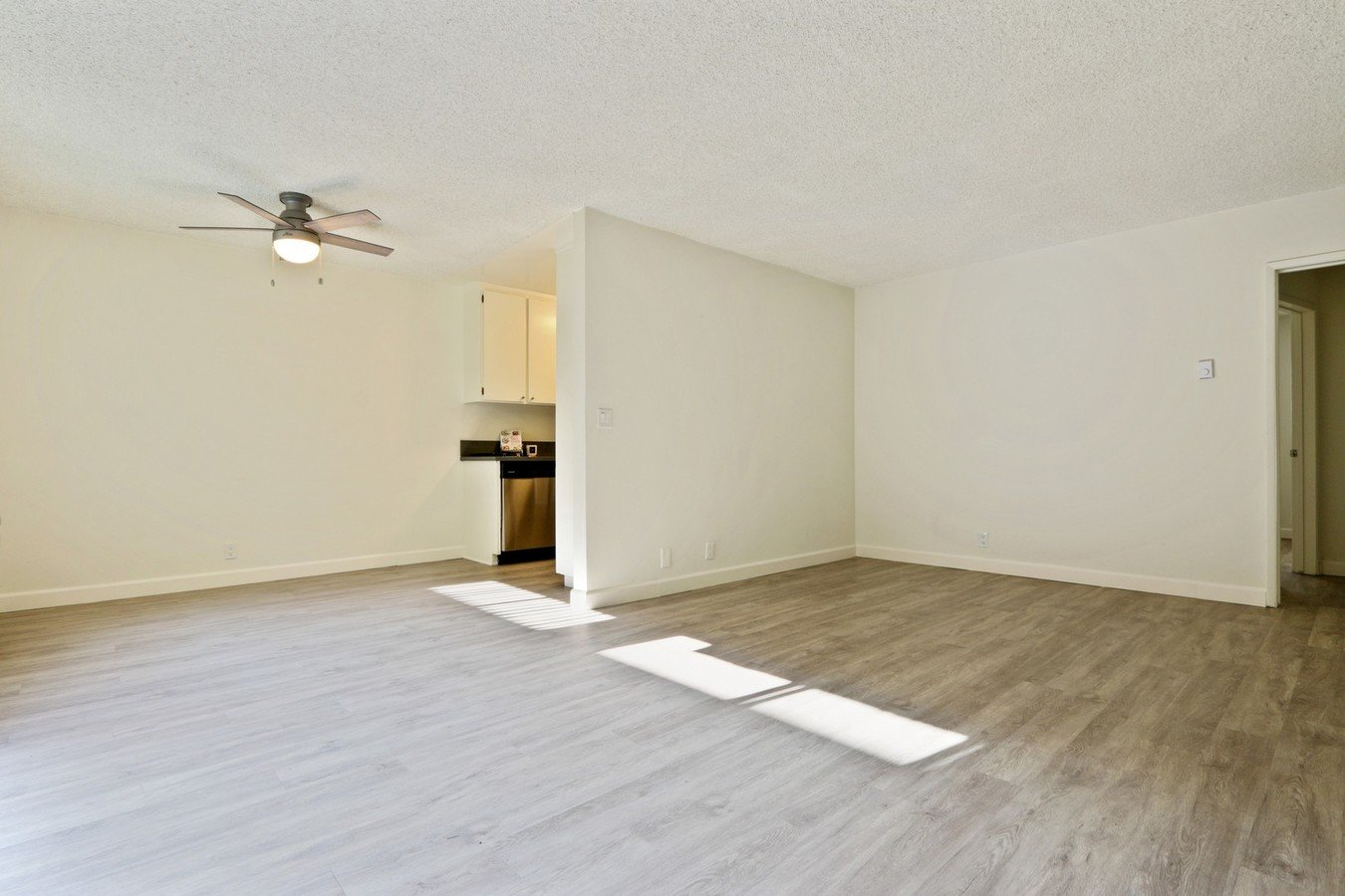 1 Bedroom 1 Bathroom Apartment for rent at Brockton Avenue Apartments in Los Angeles, CA