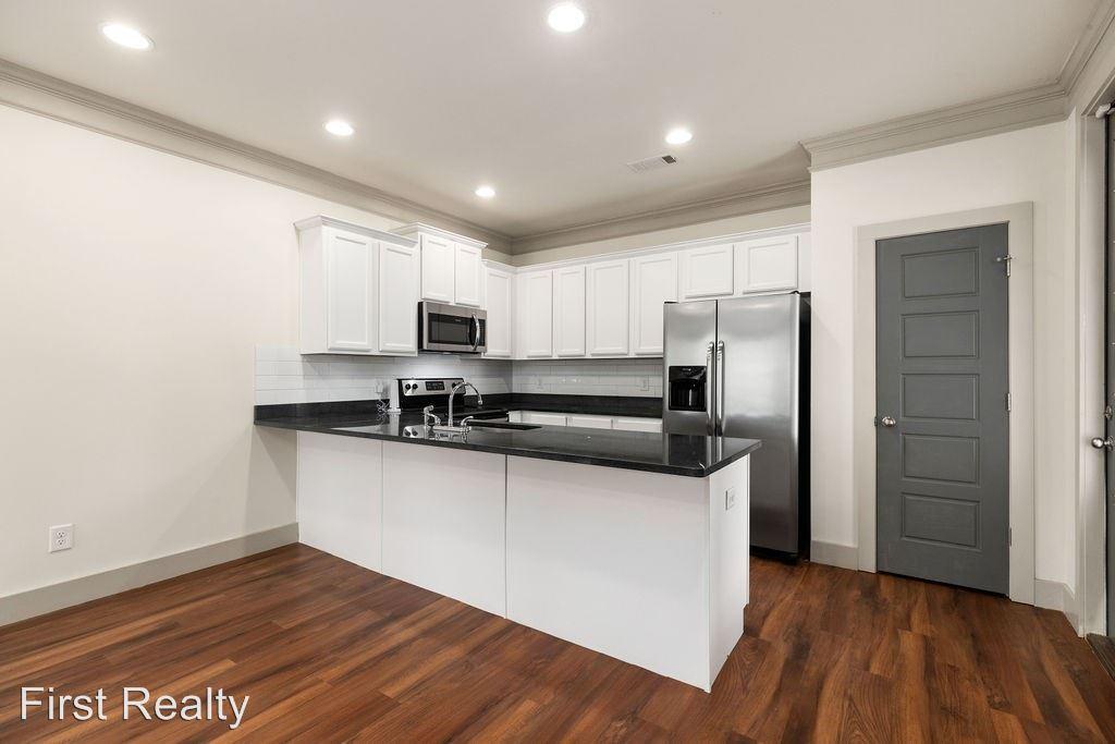 1 Bedroom 1 Bathroom Apartment for rent at 805 Railroad Avenue in Auburn, AL