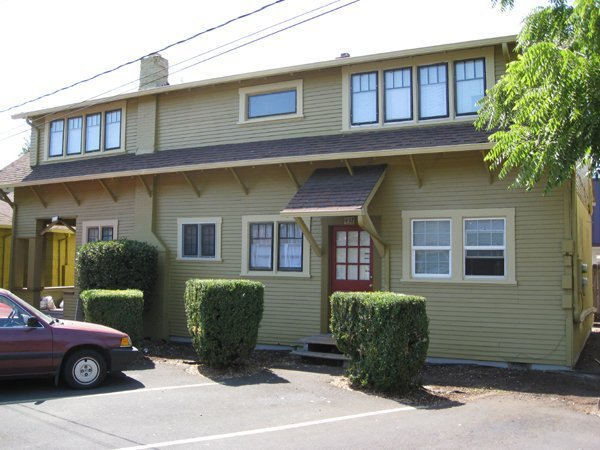 3 Bedrooms 2 Bathrooms Apartment for rent at Campus Village in Eugene, OR