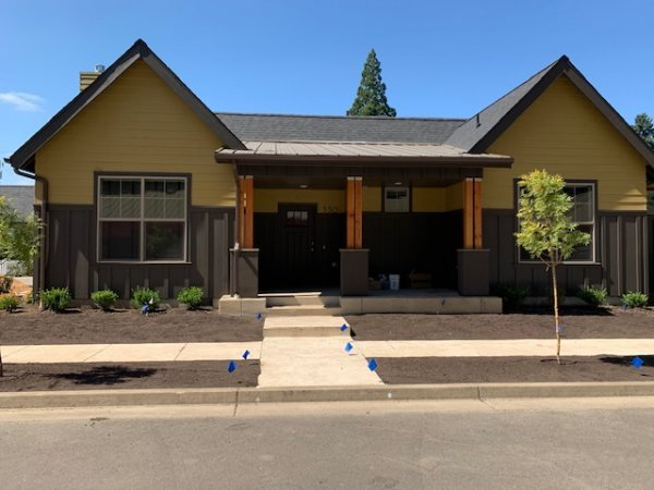 3 Bedrooms 2 Bathrooms House for rent at Wylie Creek Units in Eugene, OR