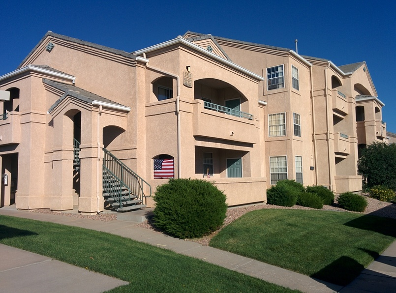 Pine Bluffs Apartments