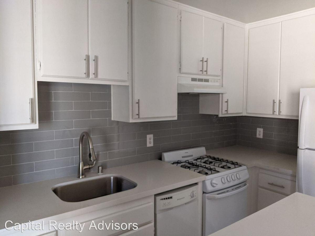 Studio 1 Bathroom Apartment for rent at 1190 Newport Ave in Long Beach, CA