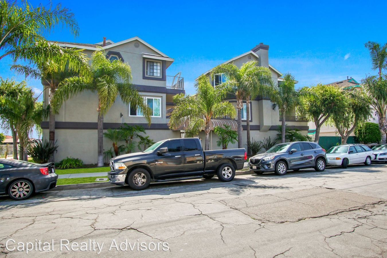 2 Bedrooms 2 Bathrooms Apartment for rent at 1190 Newport Ave in Long Beach, CA