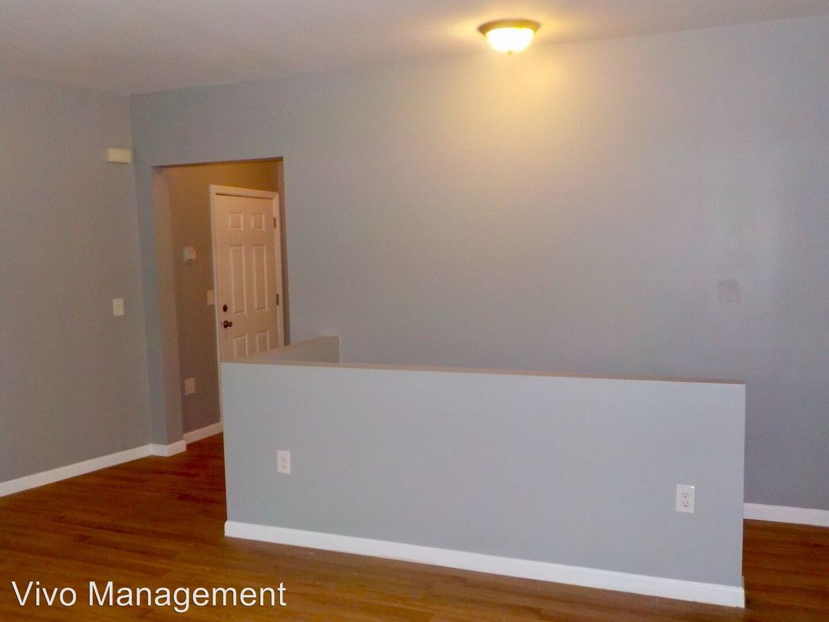 3 Bedrooms 2 Bathrooms Apartment for rent at 398-400 S. 15th Street in Newark, NJ