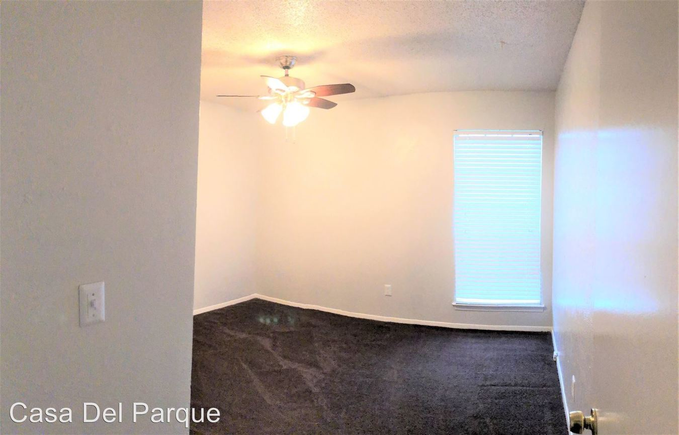 2 Bedrooms 1 Bathroom Apartment for rent at 1736 Randol Mill Rd in Arlington, TX