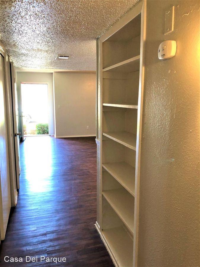 2 Bedrooms 1 Bathroom Apartment for rent at 1736 Randol Mill Rd in Arlington, TX