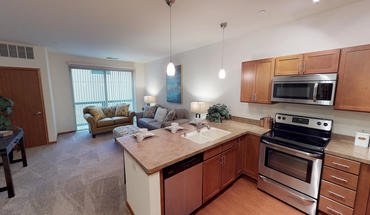 Marvelous 1 Bedroom Apartments In Milwaukee Wi Abodo Beutiful Home Inspiration Cosmmahrainfo