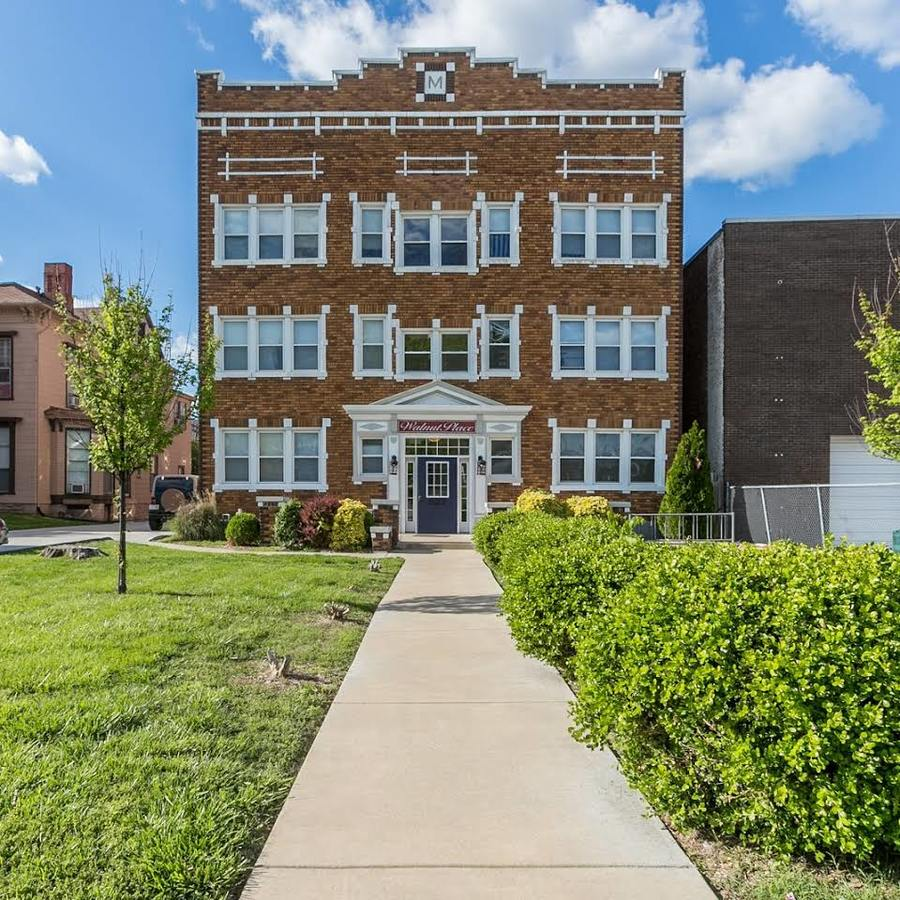 Apartments In Springfield Mo On Kansas Expressway: Walnut Place Apartments Springfield, MO