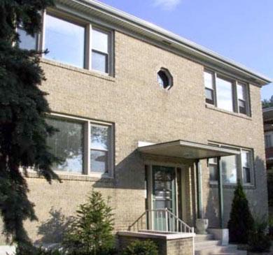 Toussaint Apartments