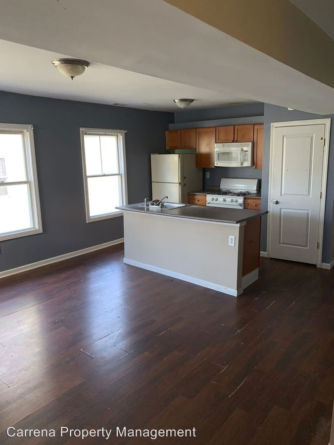 4 Bedrooms 1 Bathroom Apartment for rent at 279-283 William St. in Bridgeport, CT