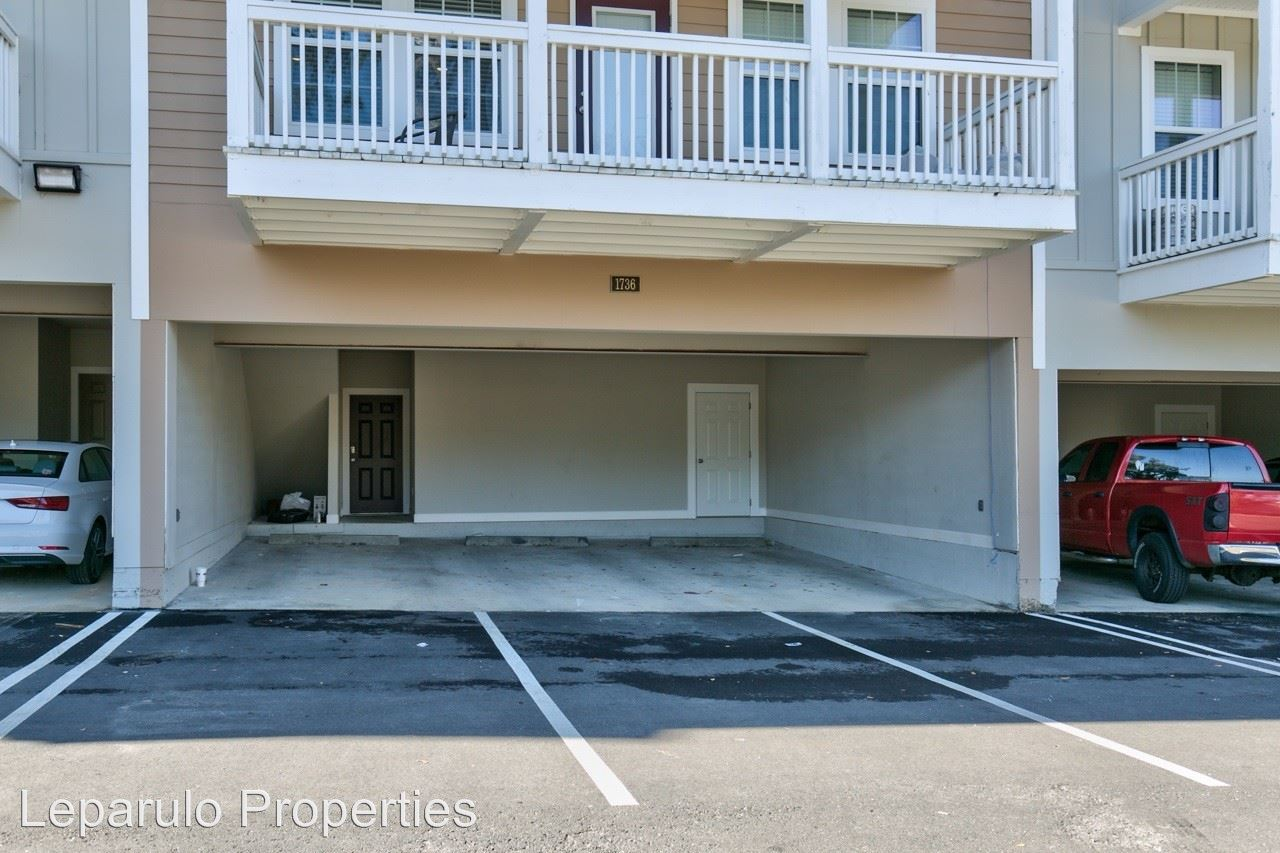 6 Bedrooms 4+ Bathrooms Apartment for rent at 1724 Bellevue Way in Tallahassee, FL