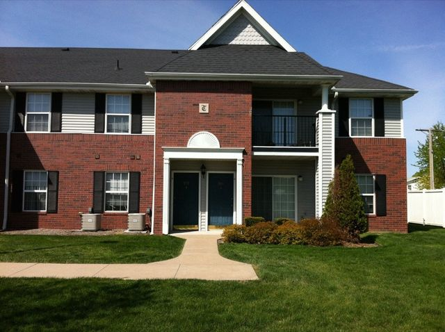 Apartments Near Western Illinois Turnberry Village I for Western Illinois University Students in Macomb, IL