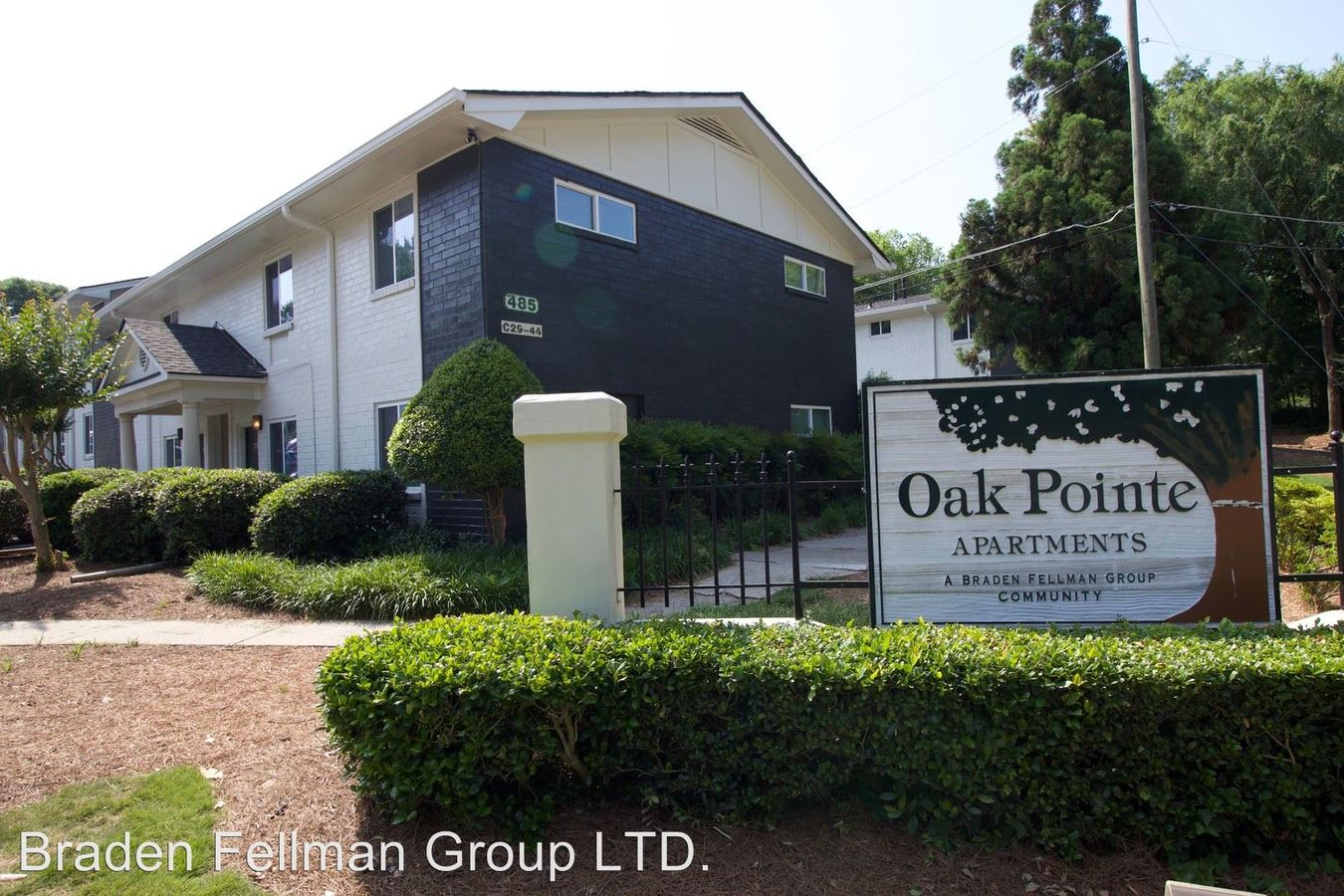 2 Bedrooms 1 Bathroom Apartment for rent at 469 Oakdale Road in Atlanta, GA
