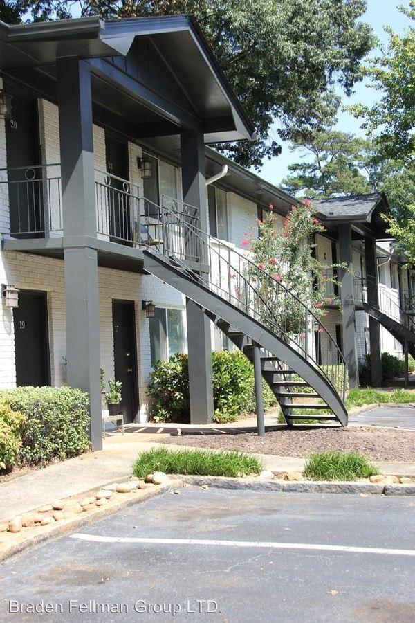 2 Bedrooms 1 Bathroom Apartment for rent at 245 Candler Road in Atlanta, GA