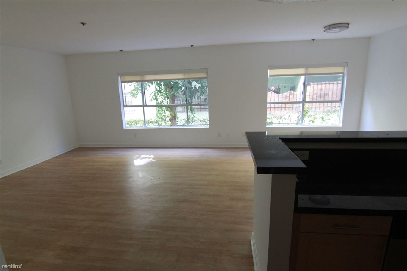 2 Bedrooms 2 Bathrooms Apartment for rent at 939 Palm Ave in West Hollywood, CA