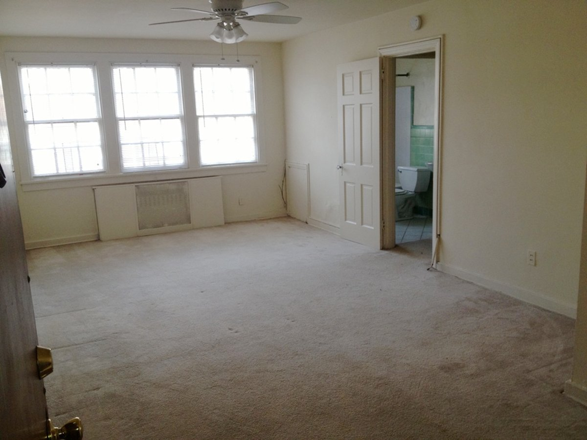 Studio 1 Bathroom Apartment for rent at Elwood Gardens in Pittsburgh, PA