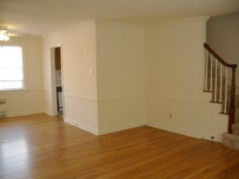 4 Bedrooms 2 Bathrooms Apartment for rent at Elwood Gardens in Pittsburgh, PA