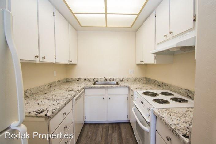 1 Bedroom 1 Bathroom Apartment for rent at 107 Oak Rim Ct in Los Gatos, CA
