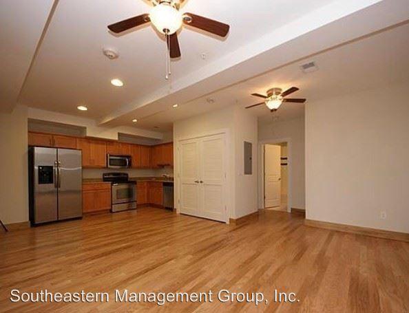 4 Bedrooms 2 Bathrooms Apartment for rent at 145 Saint Philip Street in Charleston, SC