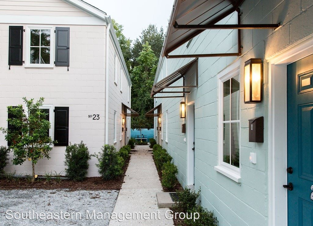 2 Bedrooms 1 Bathroom Apartment for rent at 23-25 Line Street in Charleston, SC