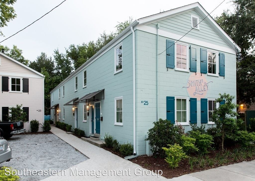 4 Bedrooms 1 Bathroom Apartment for rent at 23-25 Line Street in Charleston, SC