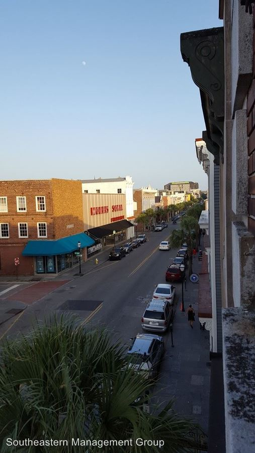 2 Bedrooms 1 Bathroom Apartment for rent at 549 King Street in Charleston, SC
