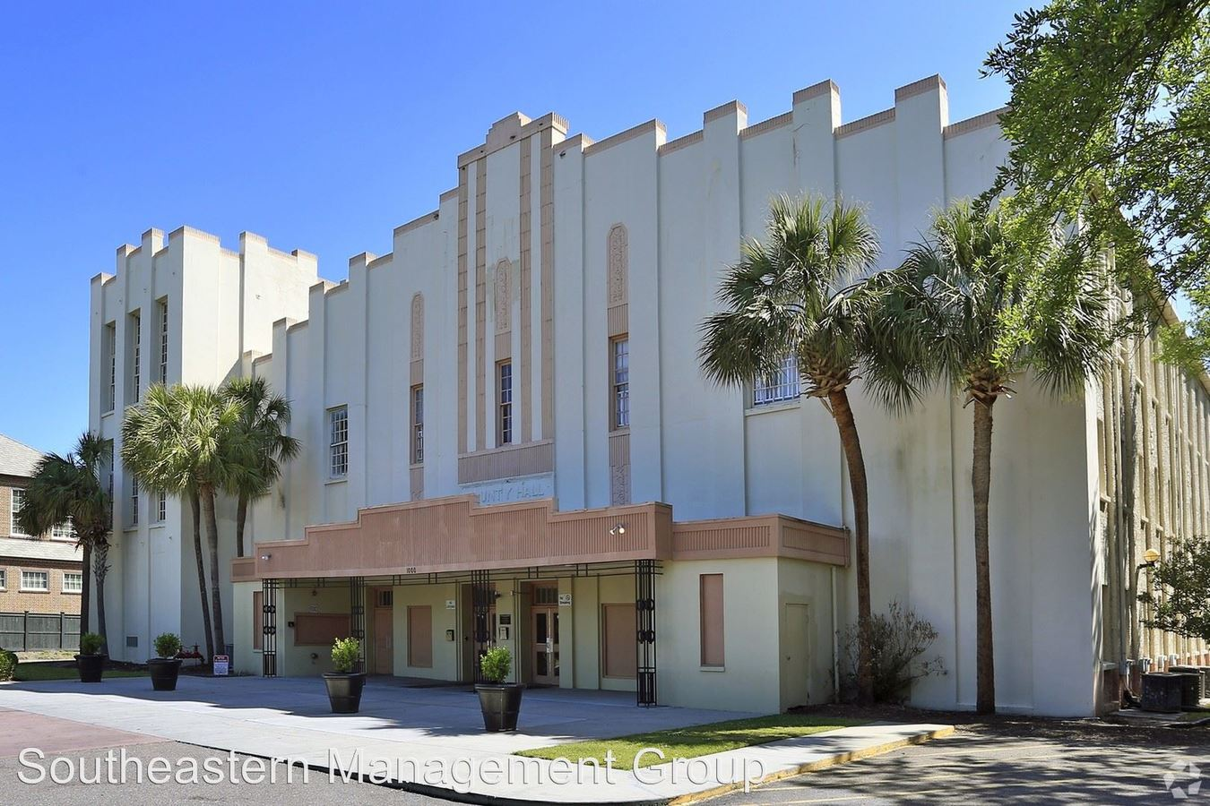 2 Bedrooms 1 Bathroom Apartment for rent at 1000 King Street in Charleston, SC