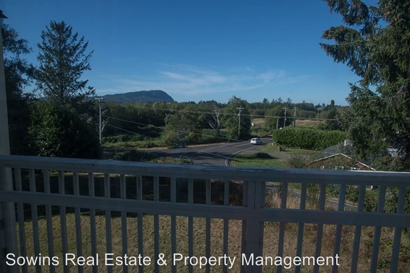 2 Bedrooms 1 Bathroom Apartment for rent at 2160 Lewis & Clark Rd. in Seaside, OR