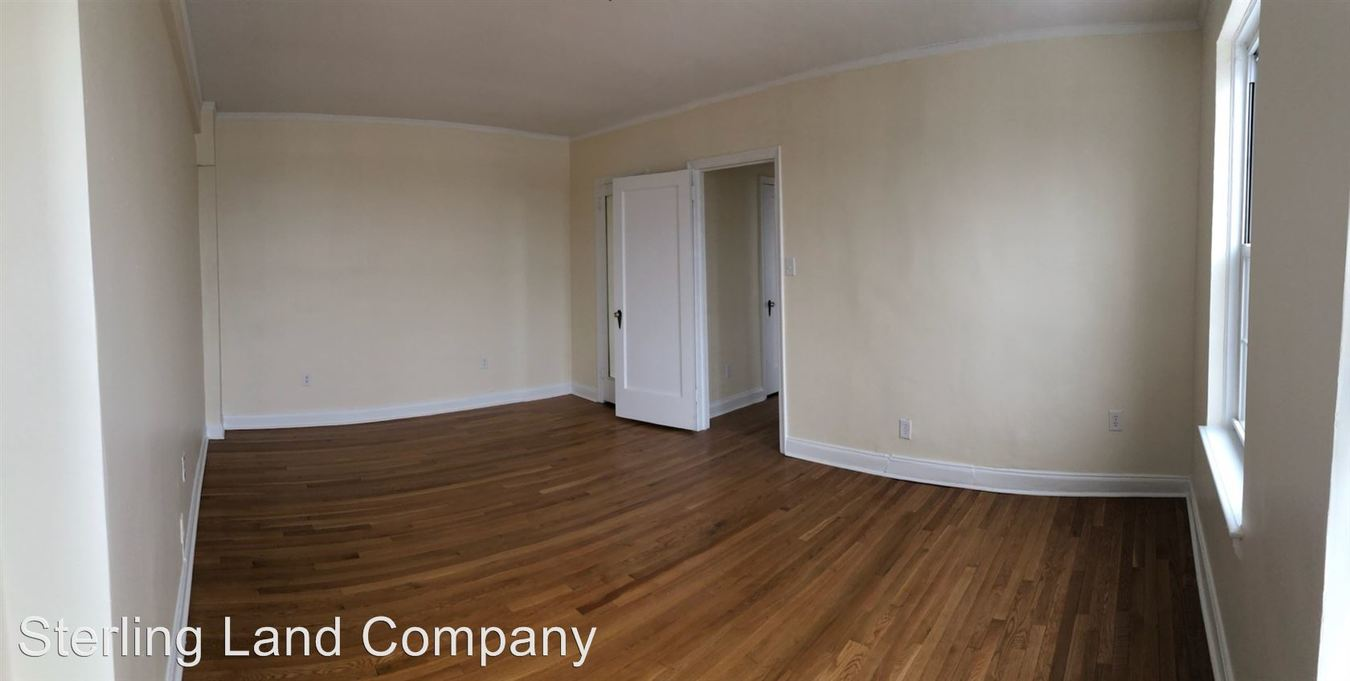 1 Bedroom 1 Bathroom Apartment for rent at Royal York Apartments in Pittsburgh, PA