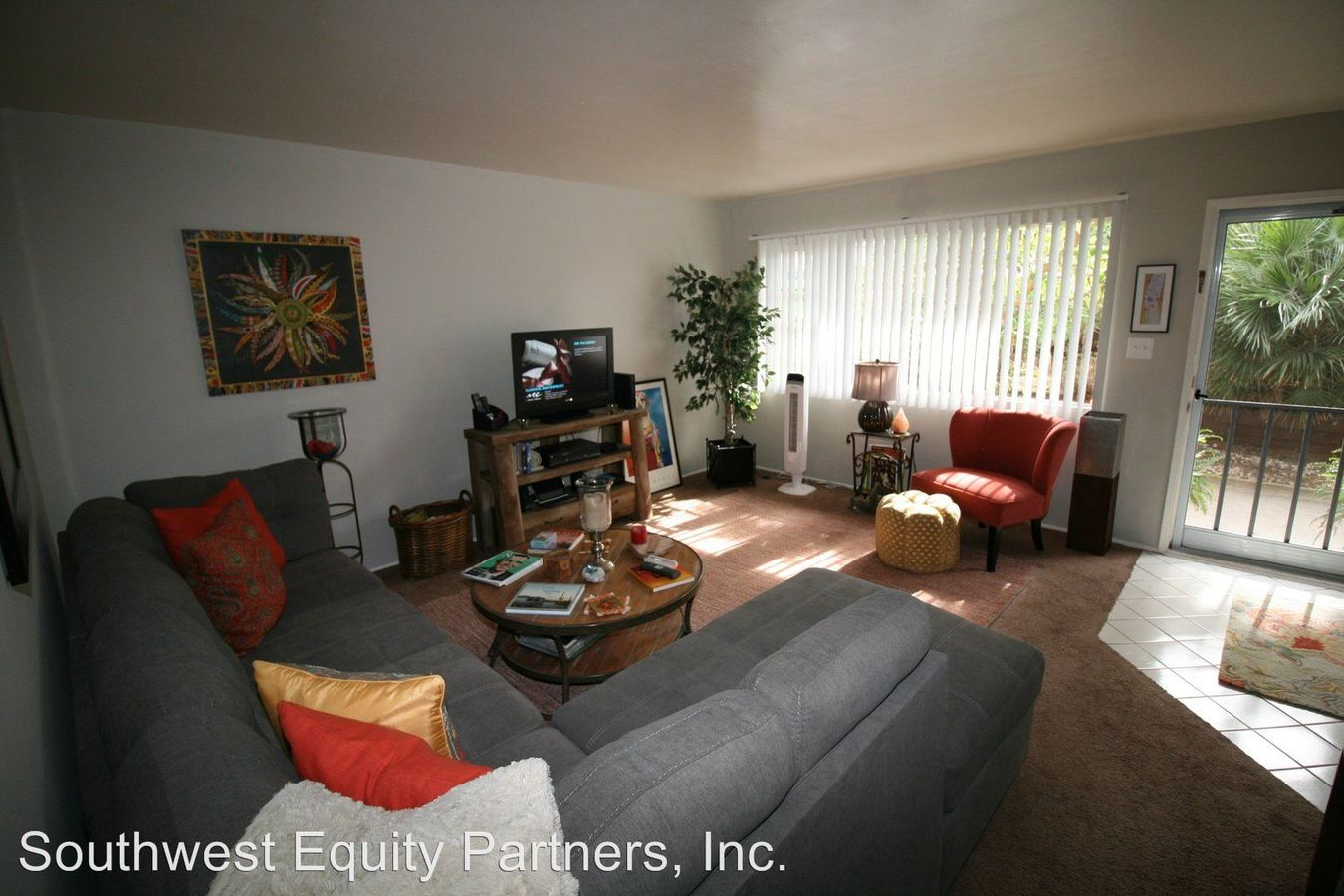 2 Bedrooms 1 Bathroom Apartment for rent at 330 West I Street in Encinitas, CA