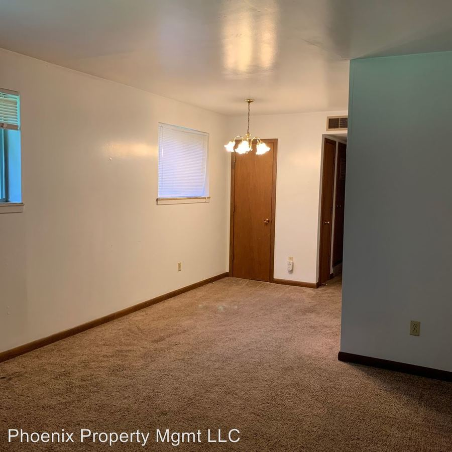 1 Bedroom 1 Bathroom Apartment for rent at W Broadway in Columbia, MO