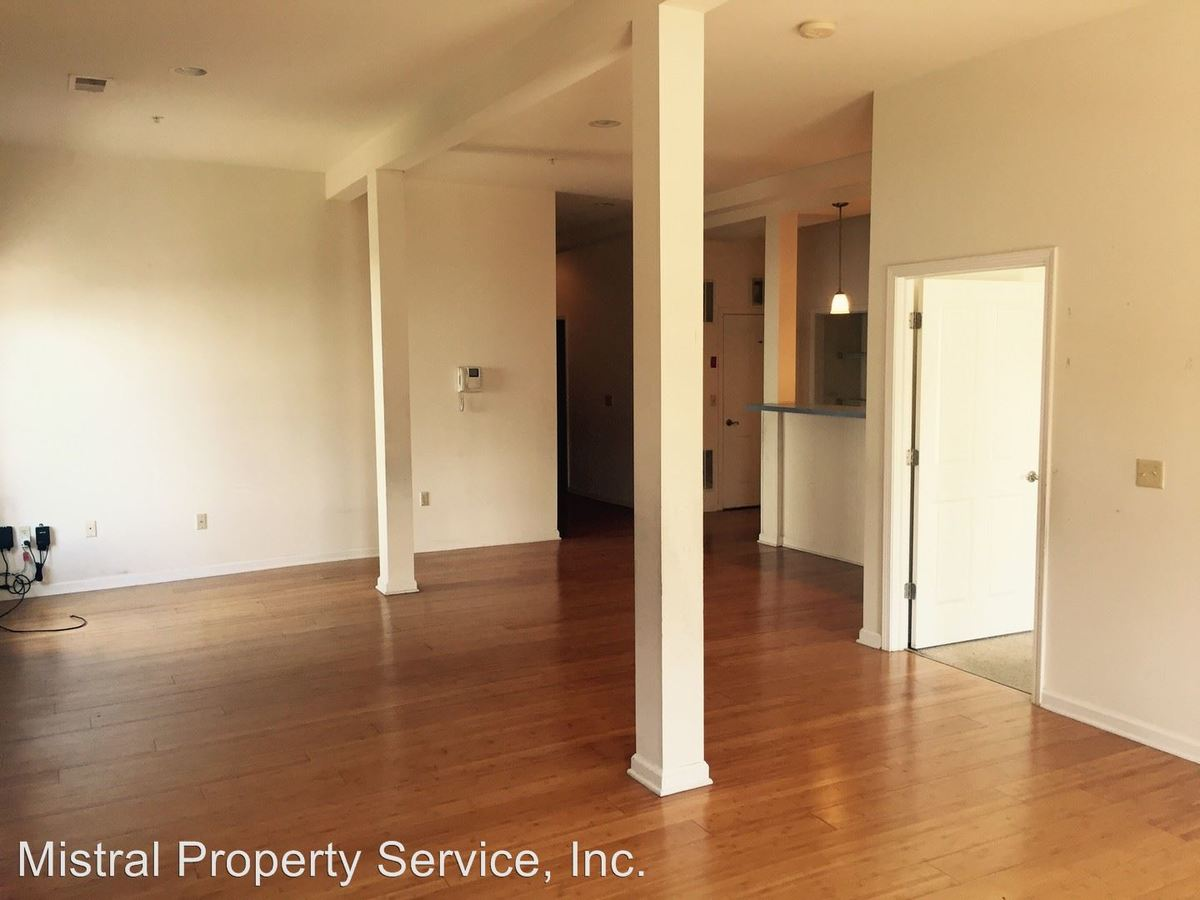 2 Bedrooms 1 Bathroom Apartment for rent at 36-38 Chambers in Newburgh, NY