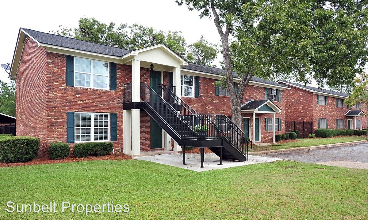 2 Bedrooms 1 Bathroom Apartment for rent at 2103 1/2 Nottingham Way in Albany, GA