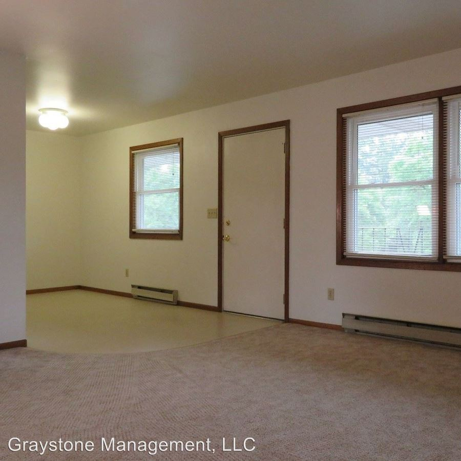 2 Bedrooms 1 Bathroom Apartment for rent at 3396 Stein Boulevard in Eau Claire, WI