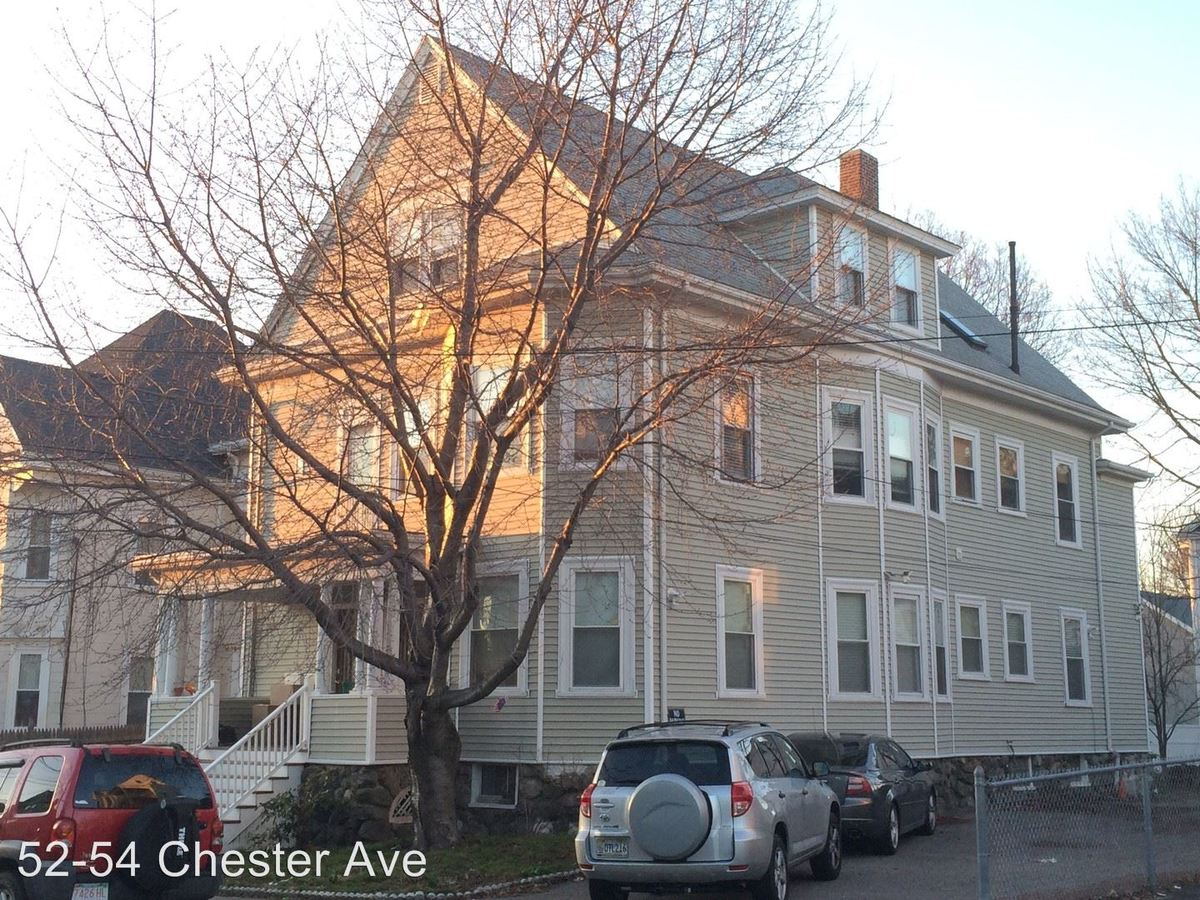 Studio 1 Bathroom Apartment for rent at 52-54 Chester Ave in Waltham, MA