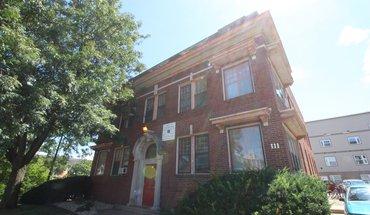 111 E Springfield Apartment for rent in Champaign, IL