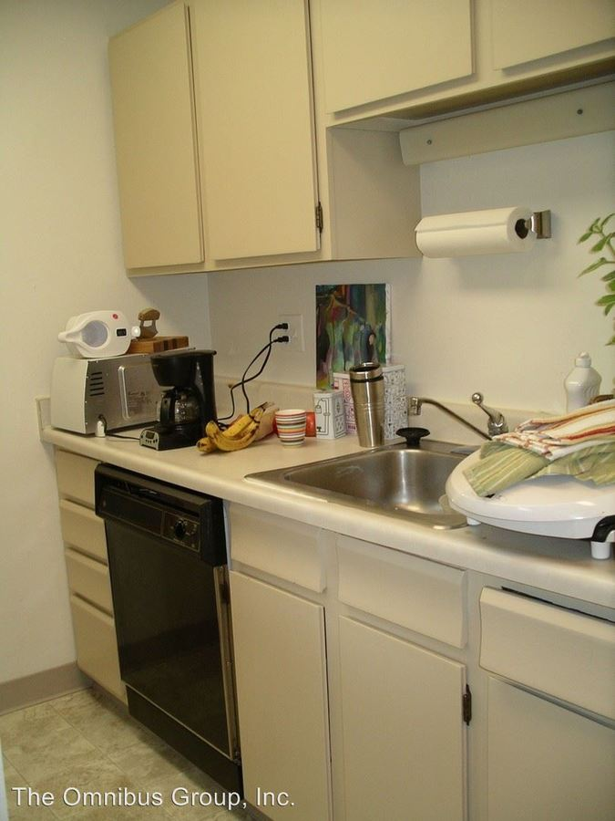 3 Bedrooms 2 Bathrooms Apartment for rent at 2075 Goss St in Boulder, CO