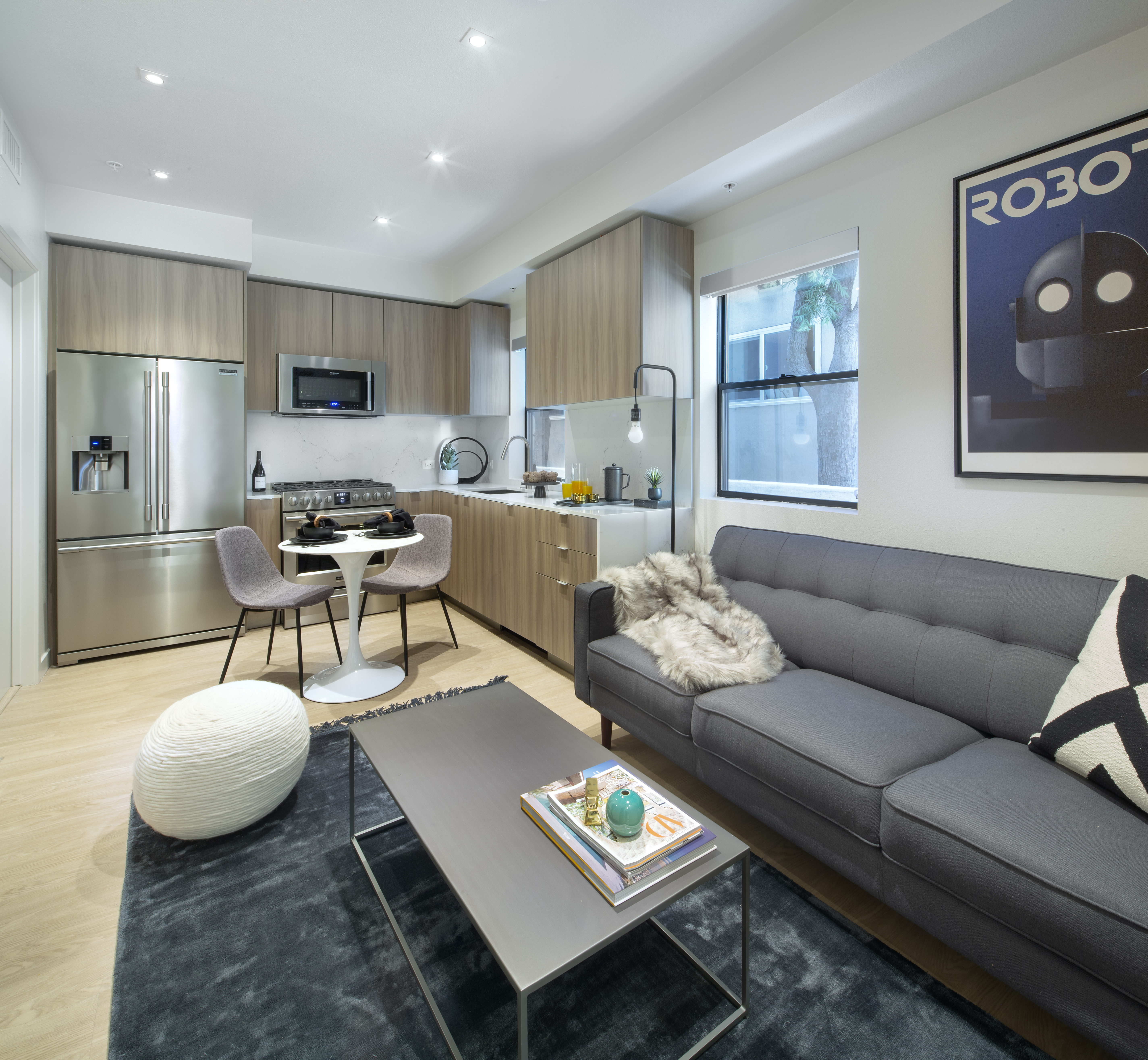 08. LuXe at 11649 for rent