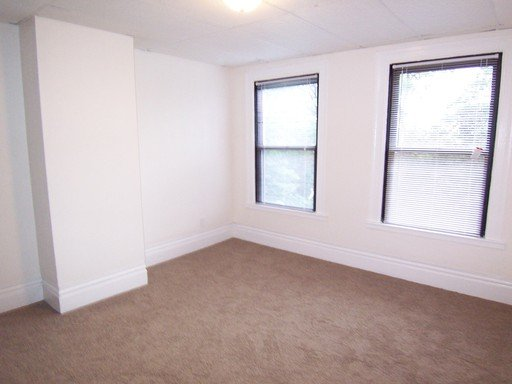 2 Bedrooms 1 Bathroom Apartment for rent at 214 Oneida Street in Pittsburgh, PA