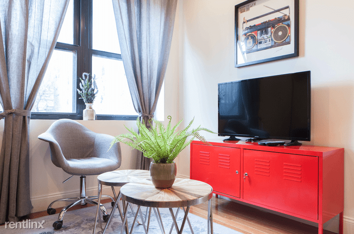 258 W 135th St for rent
