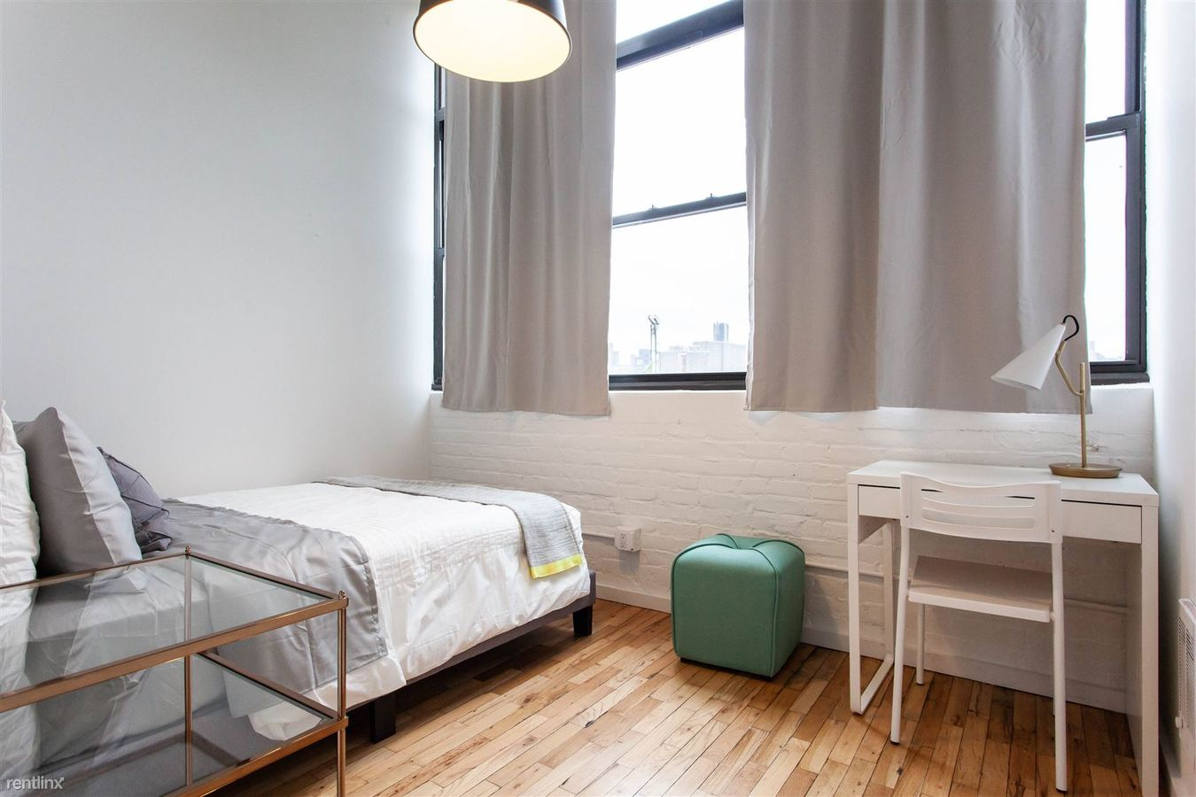 1 Bedroom 2 Bathrooms Apartment for rent at 29 St Nicholas in Brooklyn, NY