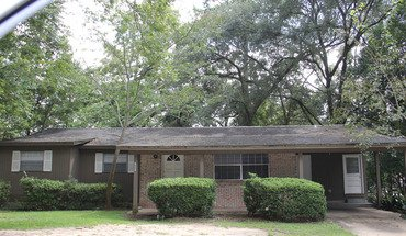 1907 Crabapple Drive Apartment for rent in Tallahassee, FL