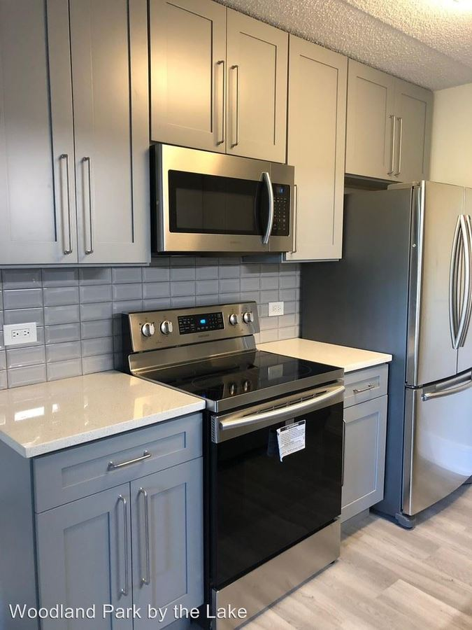 2 Bedrooms 2 Bathrooms Apartment for rent at 3423 S Cottage Grove Ave. in Chicago, IL