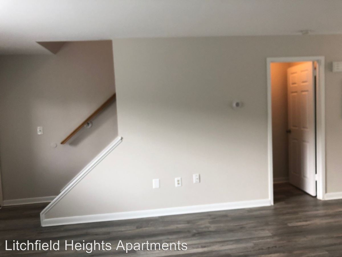 2 Bedrooms 1 Bathroom Apartment for rent at 15 Mountain View Ter. in Winsted, CT