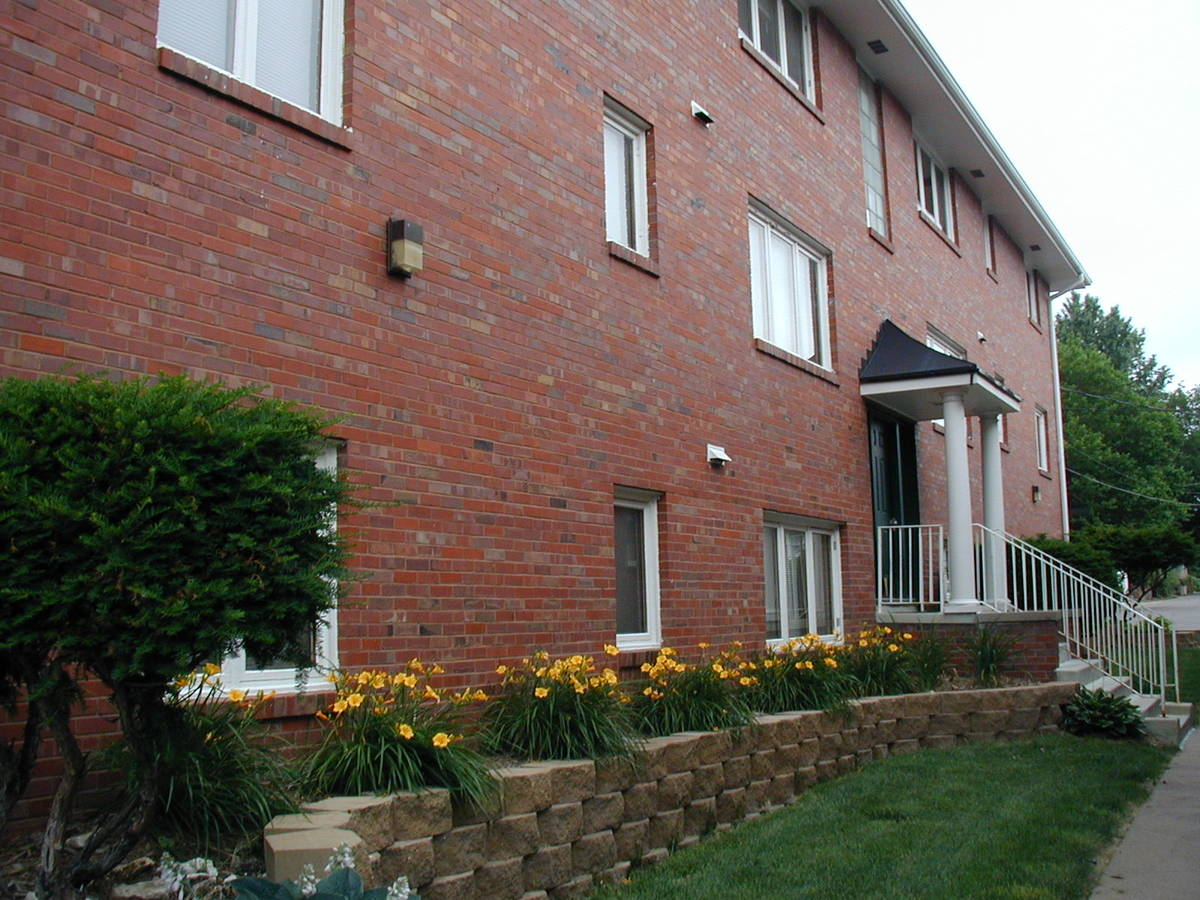 1 Bedroom 1 Bathroom Apartment for rent at Newport Apartments in Omaha, NE